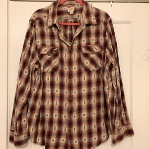 Men's printed button up flannel style shirt